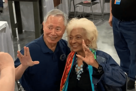 George Takei visits Nichelle Nichols at SuperCon 2019